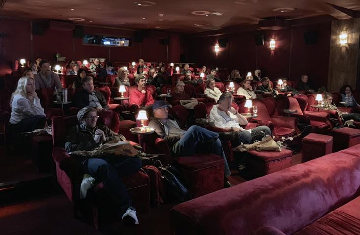 Các diễn viên nổi tiếng, nhà sản xuất, đạo diễn, kịch bản các hãng phim hàng đầu thế giới tham gia chương trình.