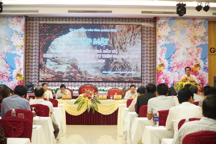 Đồng chí Trần Công Thuật, Phó Bí thư Thường trực Tỉnh ủy, Chủ tịch UBND tỉnh, Trưởng Đoàn ĐBQH tỉnh kết luận hội nghị.