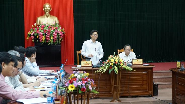 Phó Thủ tướng Vũ Đức Đam ghi nhận những kết quả Quảng Bình đã đạt được trong phát triển du lịch.