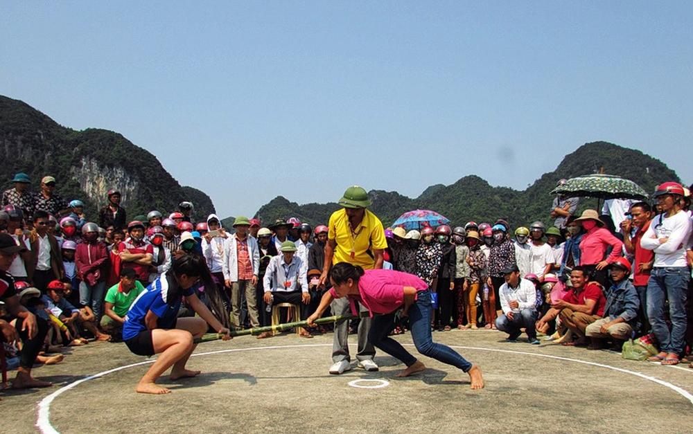 Các trò chơi dân gian trong Tuần văn hóa và hội rằm tháng ba Minh Hóa