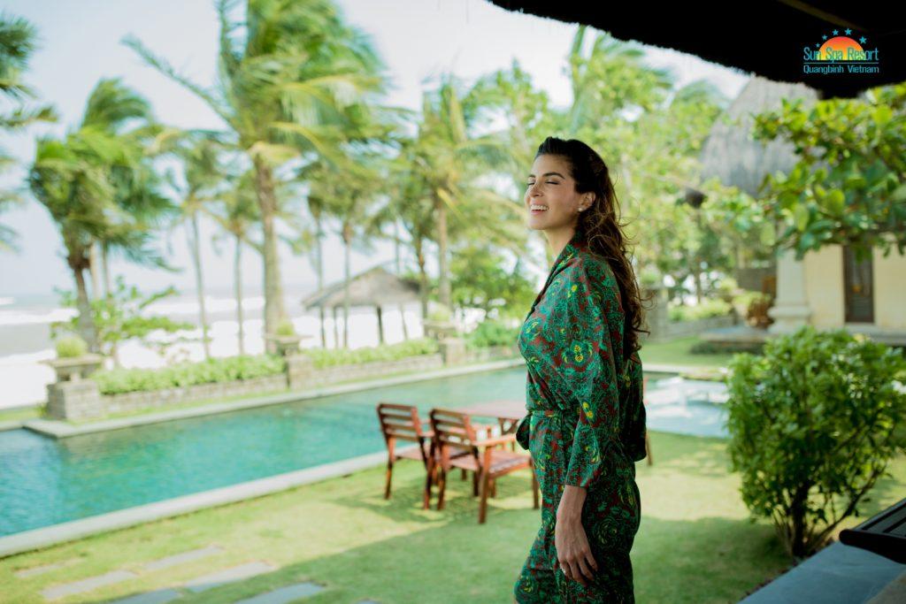 Hoa hậu Hòa bình thế giới 2017 Maria Jose Lora nghỉ dưỡng taị Sun Spa Resort