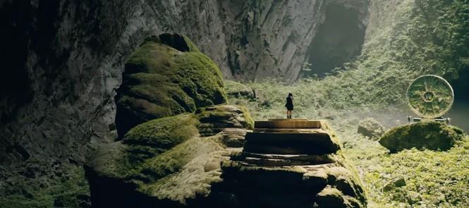 Sơn Đòng Kỳ vỹ và bí ẩn trong MV mới của Alan Walker